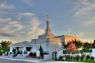 Mormon_Temple_Edmonton_Alberta_Canada_01